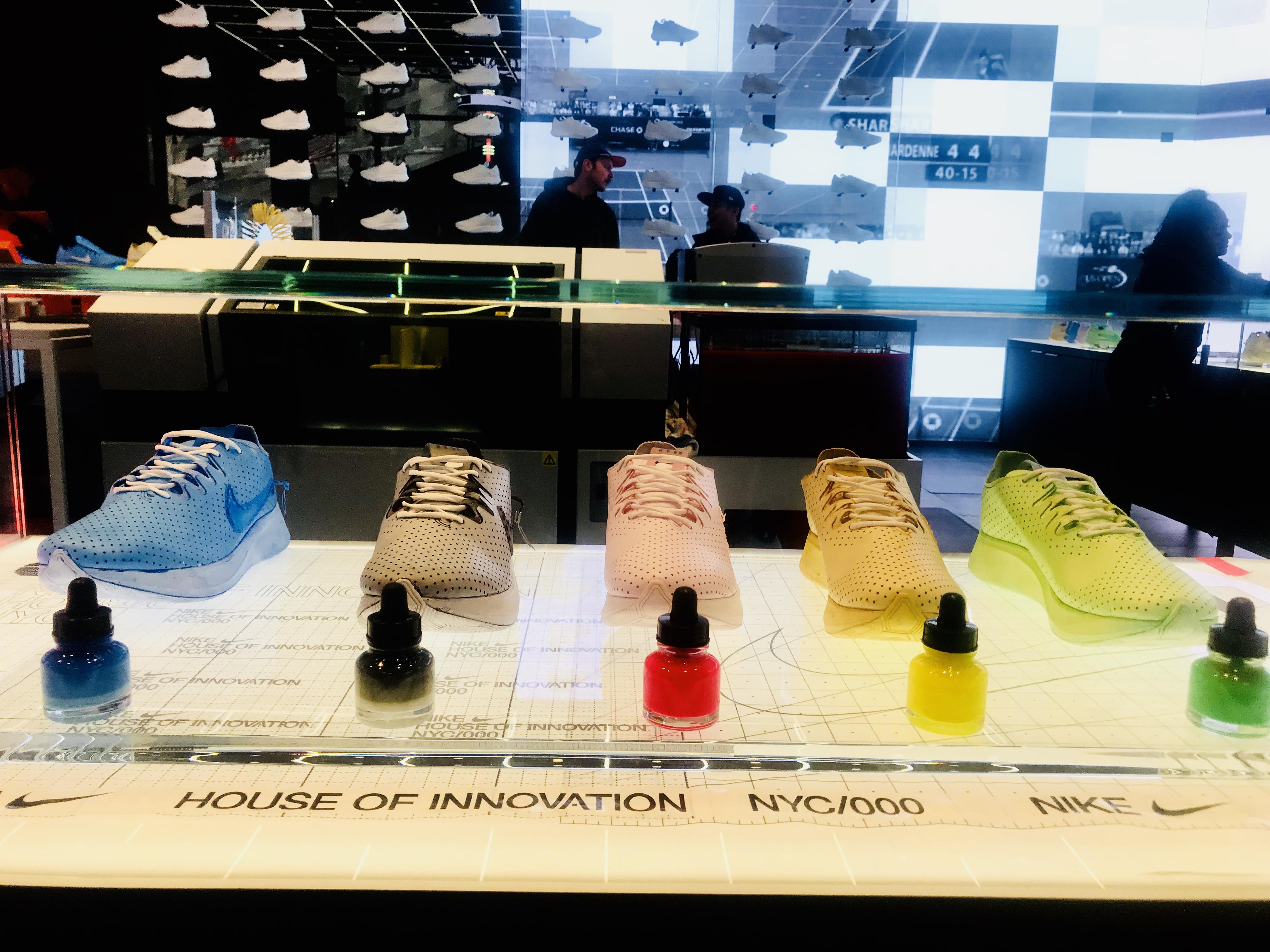 Increíble Distinguir oveja  Inside Nike's New House of Innovation